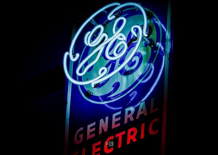 Greenway Neon Sign Exhibit – GE
